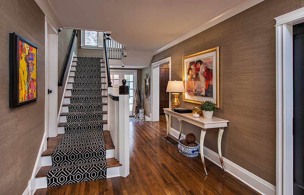 Foyer grasscloth wall covering