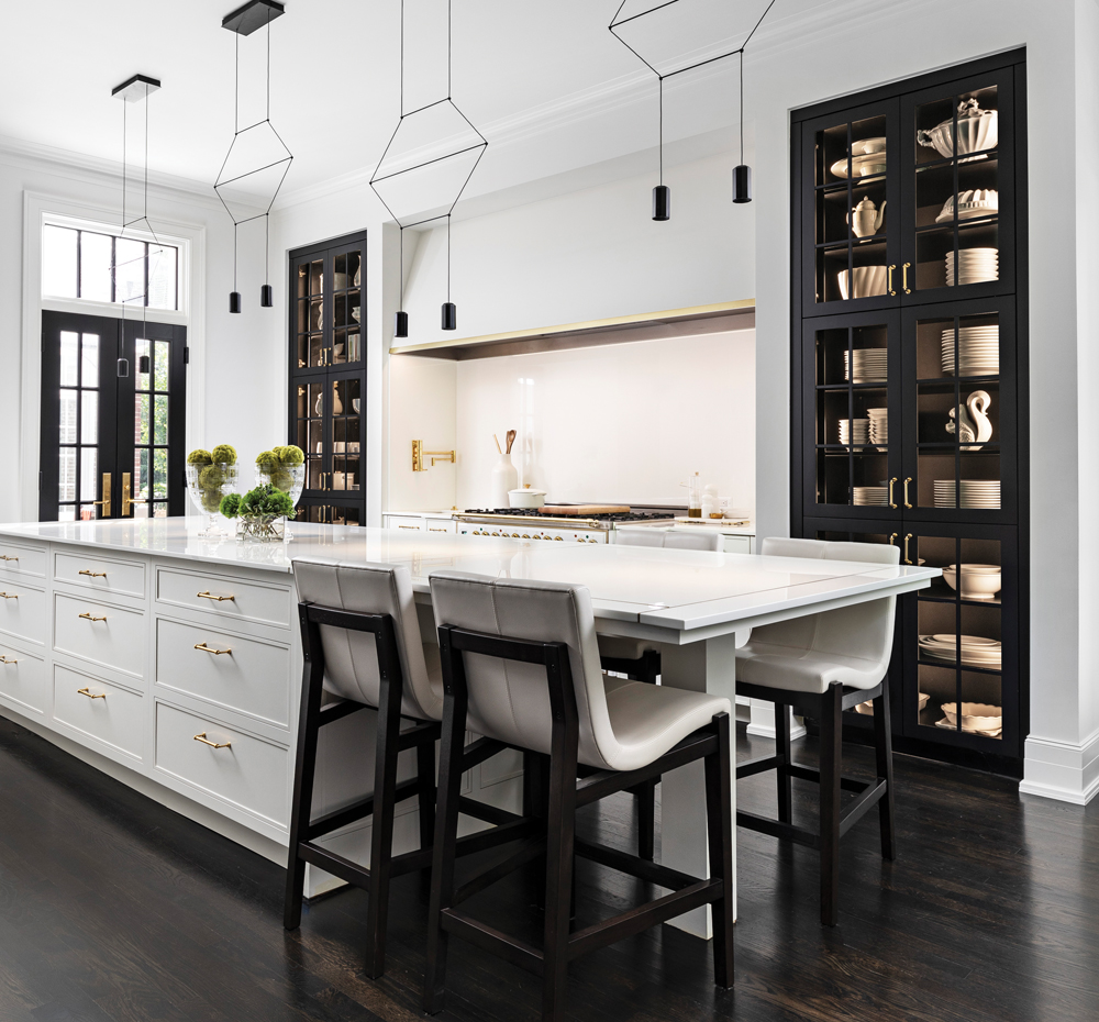 2020 Detroit Design Awards - Kitchen Between 201-500 - 1st Place